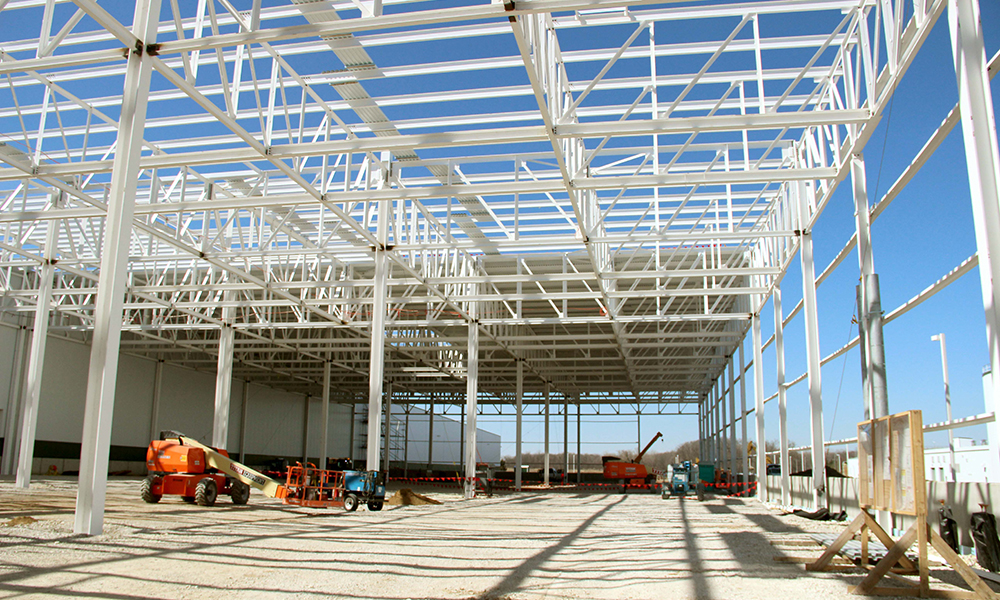 Aristeo self performs much of our steel fabrication and erection work with our own, highly skilled team.